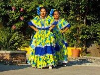 Viva Mexico dancers