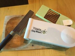 Chopping block and knife or Vidalia Chop Wizard?