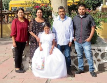 Yoli and her family: Carmen, Yolanda, Yoli, Pablo and Juan Pablo